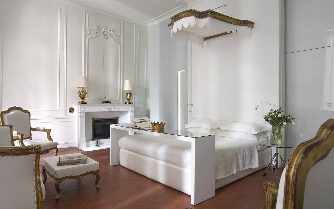 hotel particulier bedroom